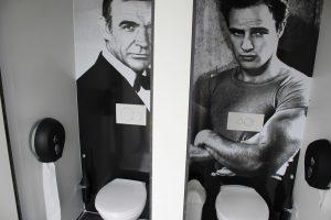te huur luxe toiletwagen